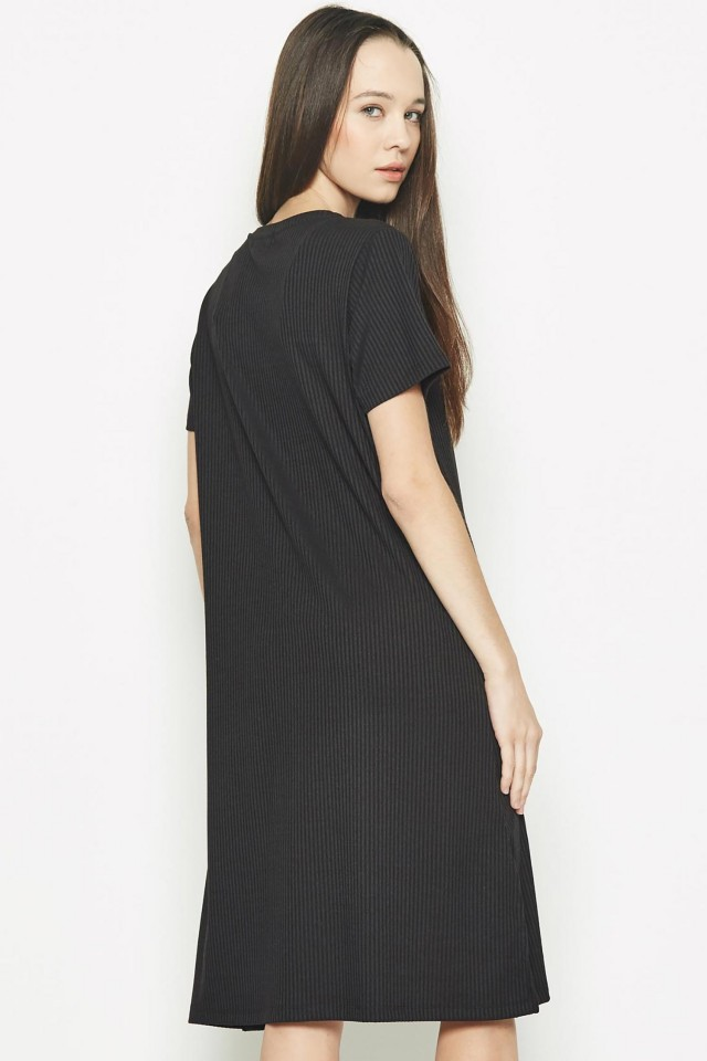 Đầm dài Padini màu đen quý phái