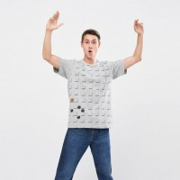 Áo thun T - Shirt nam Uniqlo The Game Classic Pixels UT Bomberman