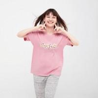 Áo thun nữ cổ tròn Uniqlo The Brands OKASHI UT